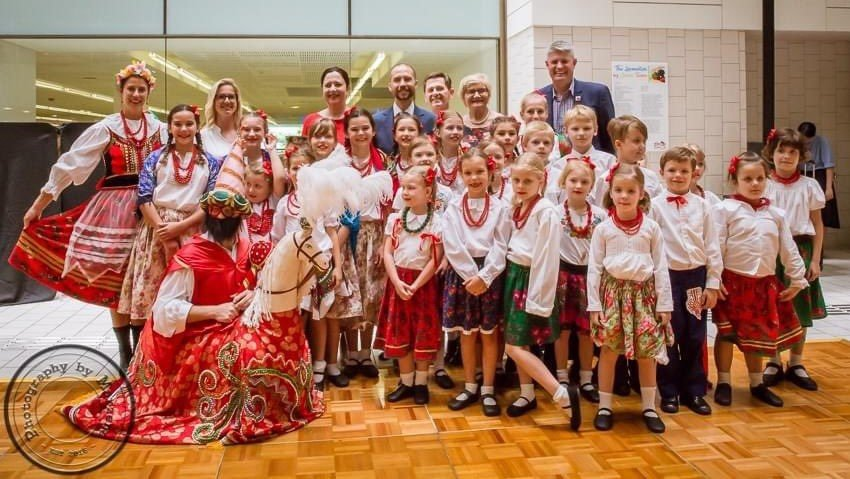 Maly Brisbane Polish Song and Dance Group